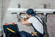 Услуги мастера на час,  сантехника,  электрика в Москве